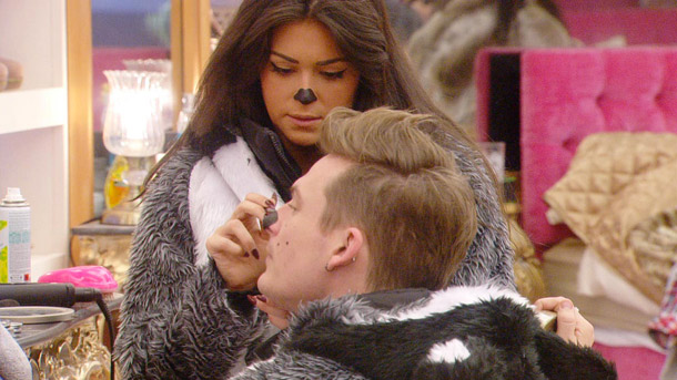 Celebrity Big Brother 2014 North Pole shopping task - Casey Batchelor and Lee Ryan